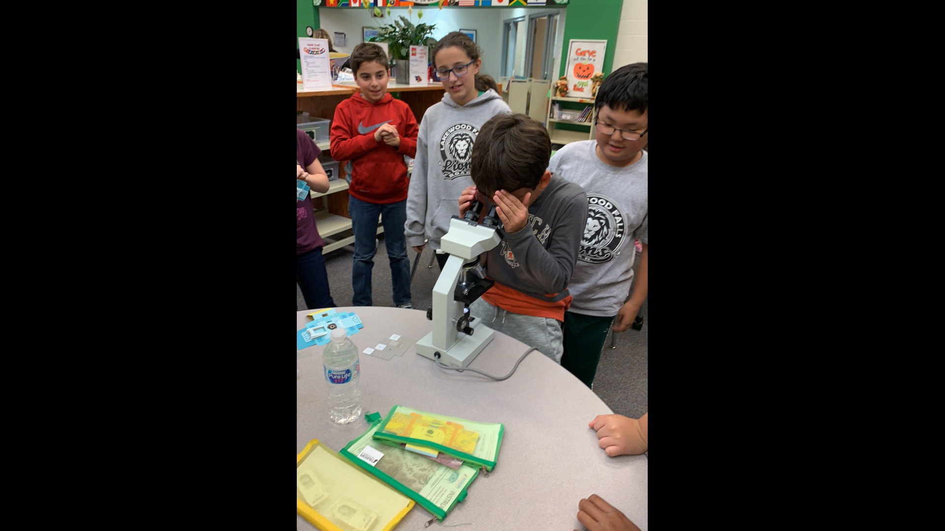 5th grade Microscope activity